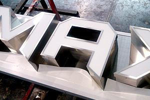 金属製箱文字タイプ